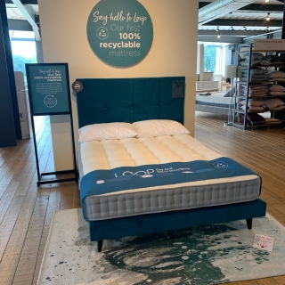 Chicago 150Cm With Matching Headboard
