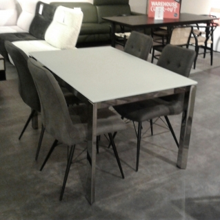 Duca Extending Dining Table & 4 Hix Chairs