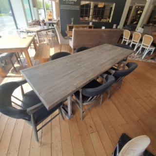 Dining Table With 6 Verna Chairs