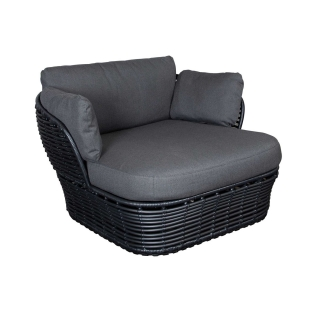 Cane-Line Basket Garden Lounge Chair in Graphite with Grey Fabric