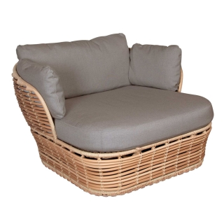 Cane-Line Basket Garden Lounge Chair in Natural with Taupe Fabric