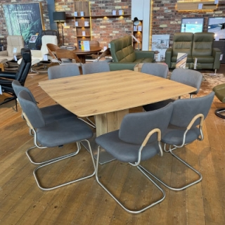Et205 And Denise Chairs